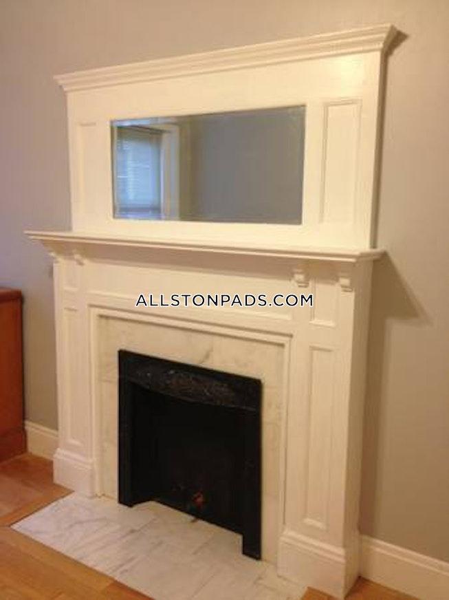 BOSTON - ALLSTON - $2,200 /mo