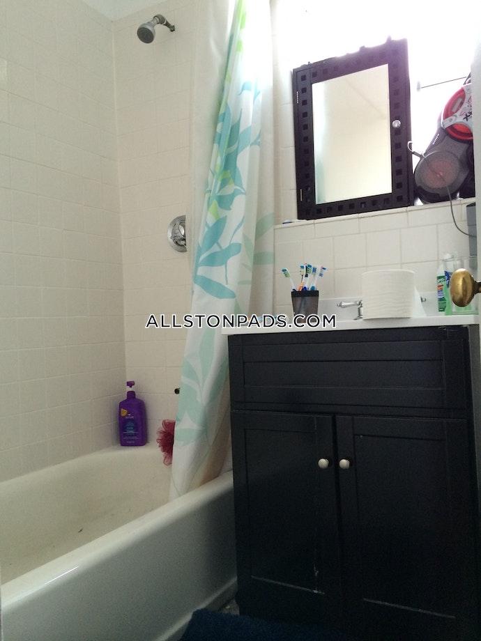 Boston - 4 Beds, 1 Baths