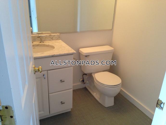 Boston - 2 Beds, 1.5 Baths