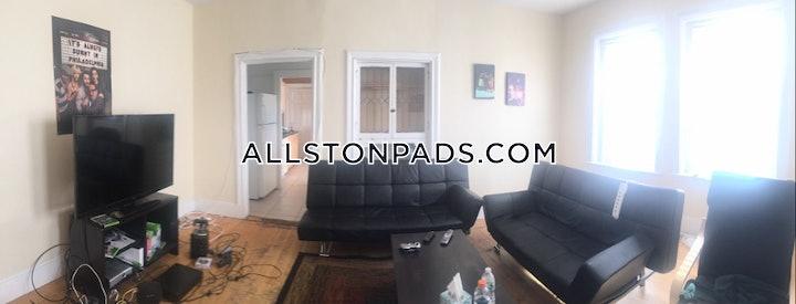 BOSTON - ALLSTON, Commonwealth Ave.