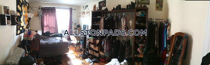 BOSTON - ALLSTON, barrows St.