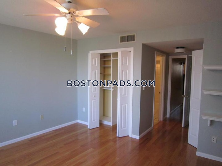Brainerd Rd. Boston picture 9