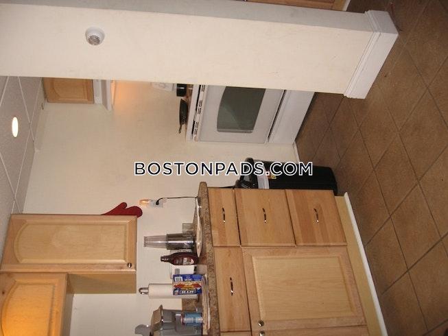 Boston - $2,000 /mo