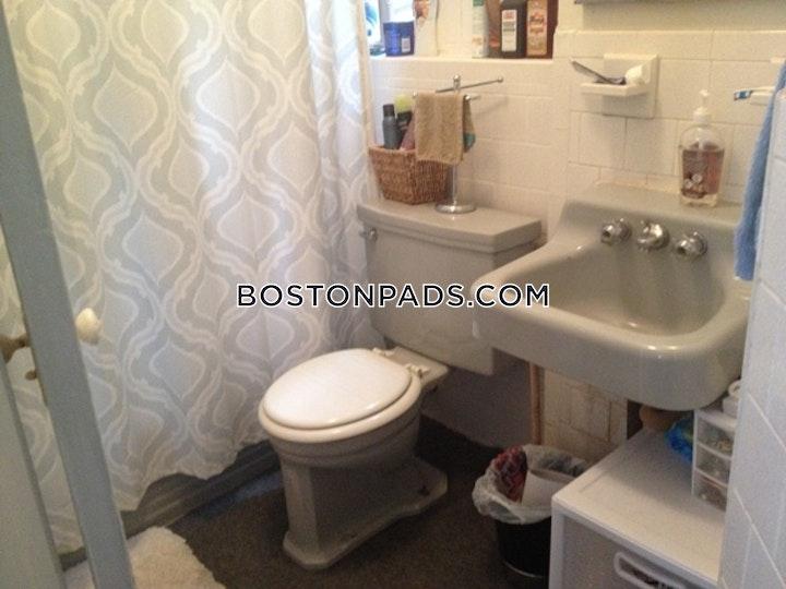 Gordon St. Boston picture 2