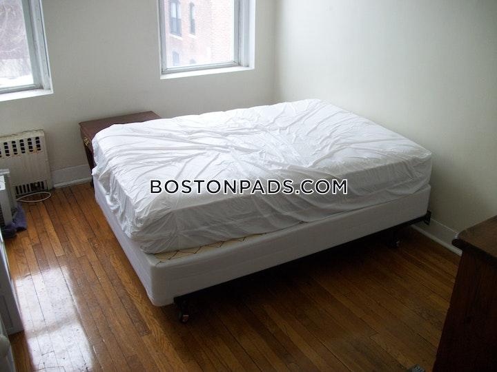 Warren St. BOSTON - ALLSTON/BRIGHTON BORDER picture 5