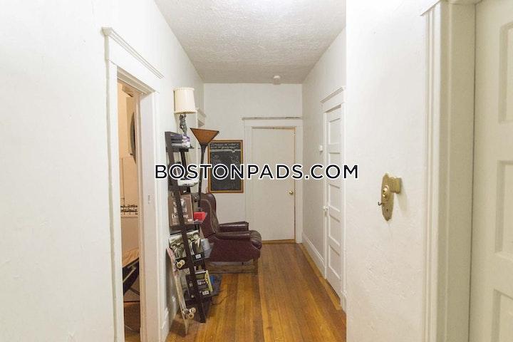 Commonwealth Ave. BOSTON - ALLSTON/BRIGHTON BORDER picture 5