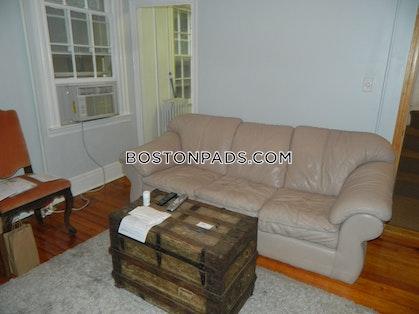 BOSTON - BAY VILLAGE