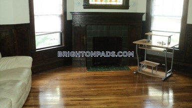South St. BOSTON - BRIGHTON - BOSTON COLLEGE