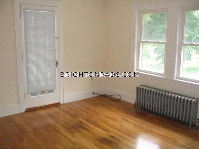 8-beds-35-baths-boston-brighton-boston-college-7900-373370