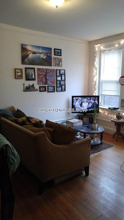 BOSTON - BRIGHTON - BOSTON COLLEGE