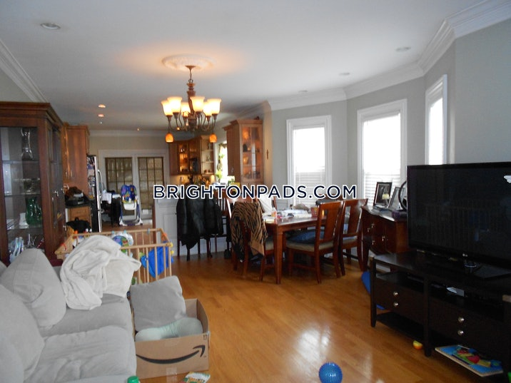 brighton-4-beds-2-baths-laundry-central-air-on-hobart-st-boston-3500-3753292