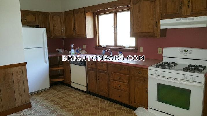 brighton-apartment-for-rent-6-bedrooms-2-baths-boston-4500-517296