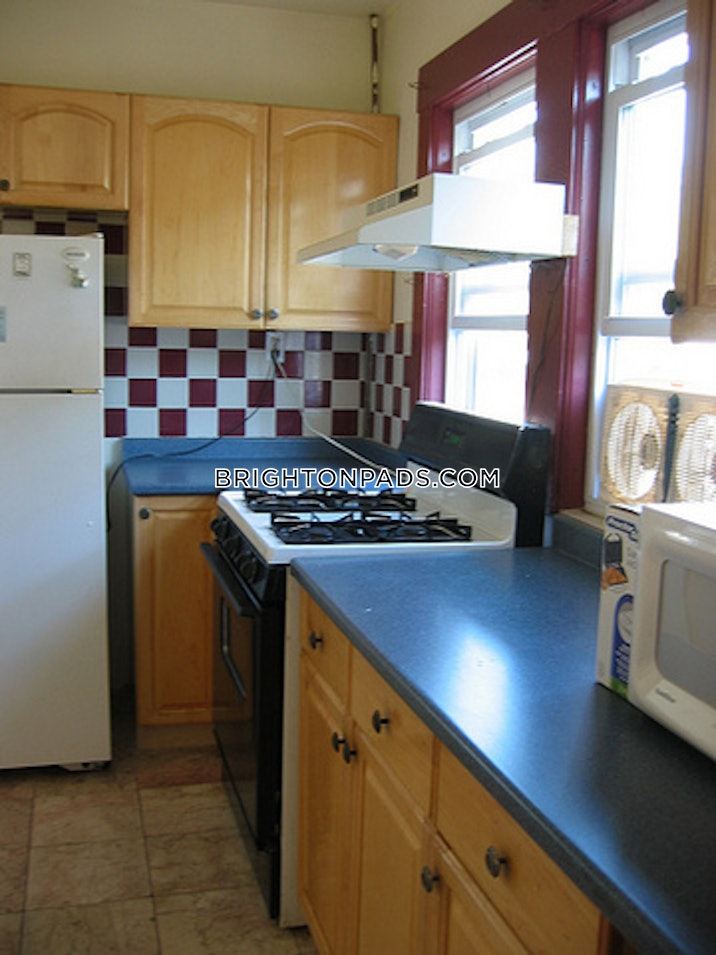 brighton-apartment-for-rent-4-bedrooms-1-bath-boston-3200-490137