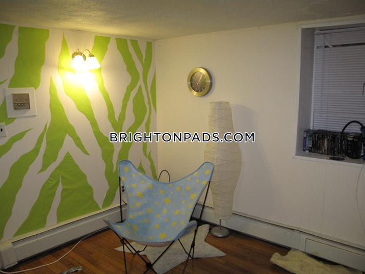 brighton-2-beds-1-bath-boston-3110-536228