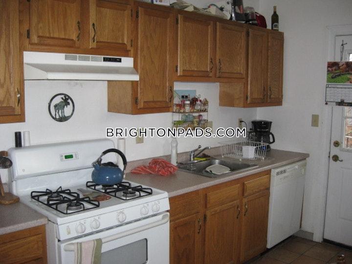 Egremont Rd. BOSTON - BRIGHTON - CLEVELAND CIRCLE picture 1