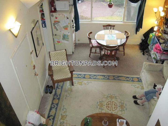 brighton-apartment-for-rent-3-bedrooms-1-bath-boston-2200-3755049