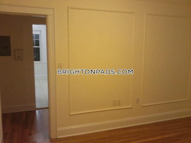 BOSTON - BRIGHTON - CLEVELAND CIRCLE - $2,160 /mo