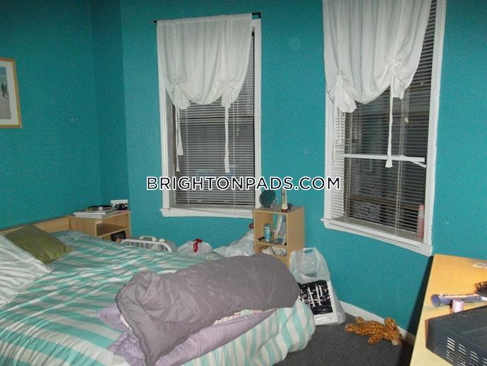 BOSTON - BRIGHTON- WASHINGTON ST./ ALLSTON ST. - 3 Beds, 1.5 Baths