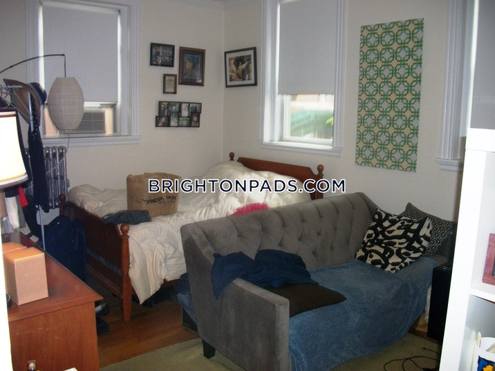 brighton-apartment-for-rent-1-bedroom-1-bath-boston-1990-54251