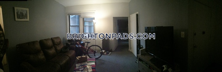 Commonwealth Ave. BOSTON - BRIGHTON - CLEVELAND CIRCLE picture 6