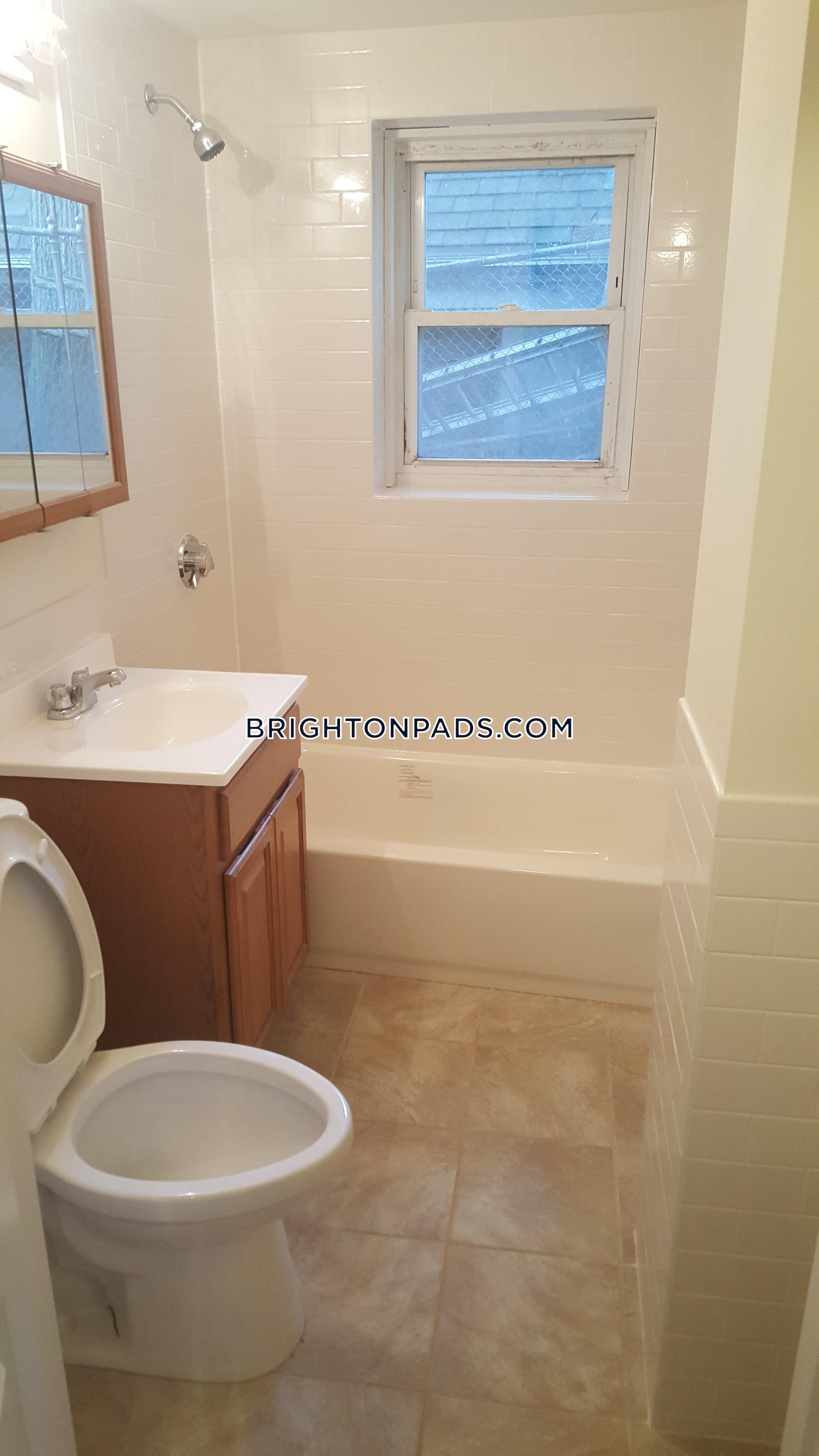 2-beds-1-bath-boston-brighton-cleveland-circle-2295-453460