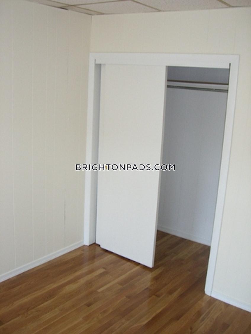 Boston - $1,650 /month