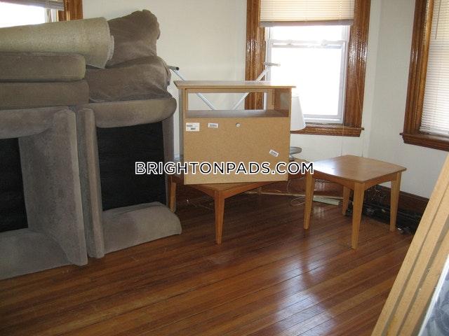 4-beds-1-bath-boston-brighton-north-brighton-2800-465821