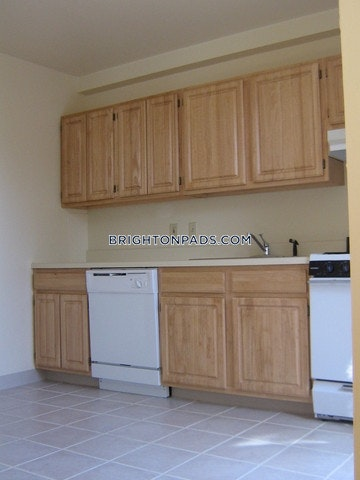 brighton-apartment-for-rent-2-bedrooms-1-bath-boston-2989-84233