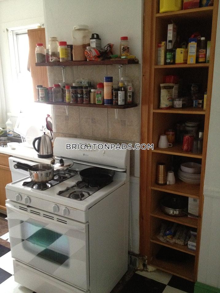 brighton-apartment-for-rent-3-bedrooms-2-baths-boston-2700-3815011