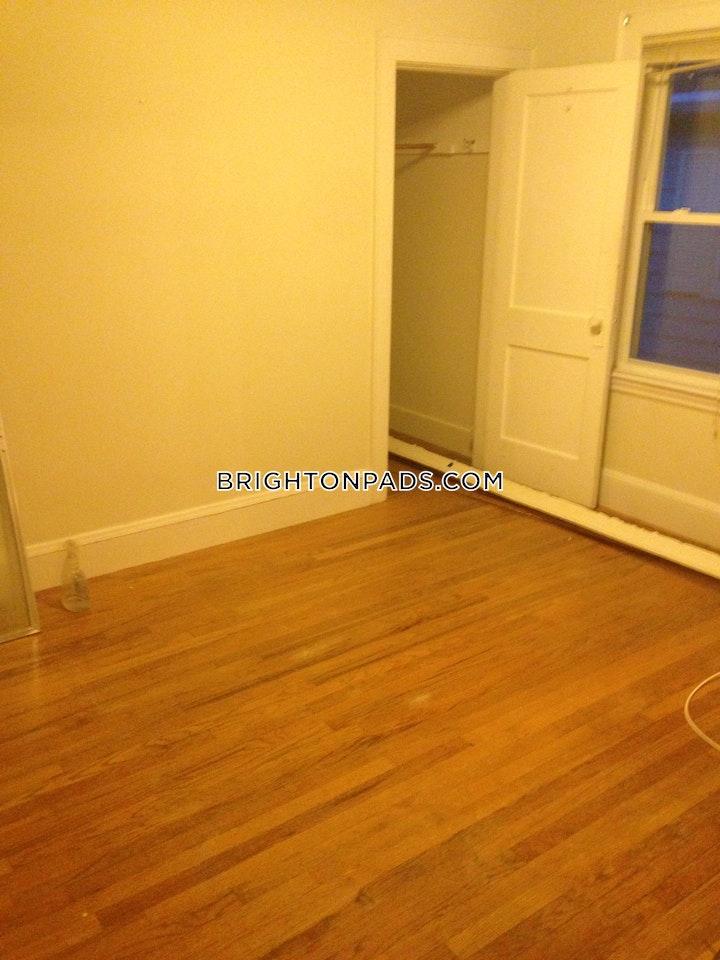 Greymere Rd. BOSTON - BRIGHTON - OAK SQUARE picture 10