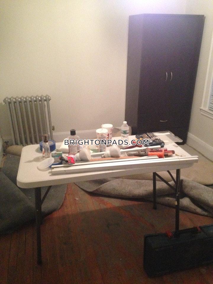 Greymere Rd. BOSTON - BRIGHTON - OAK SQUARE picture 9
