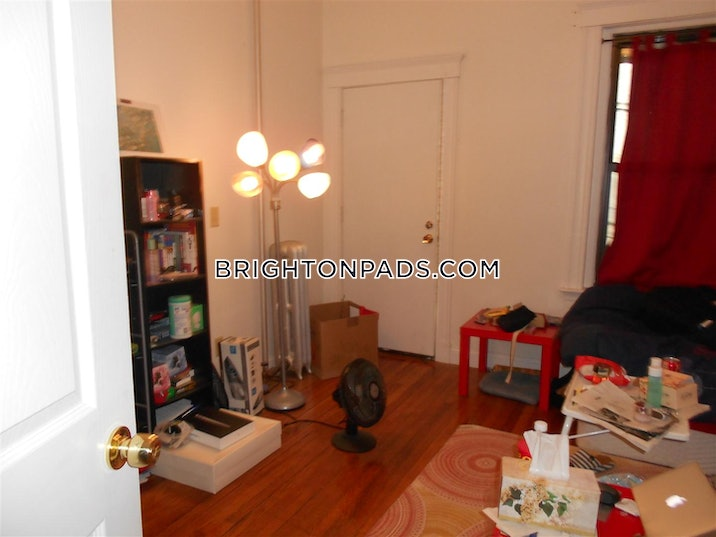 brighton-apartment-for-rent-4-bedrooms-2-baths-boston-3000-3729804