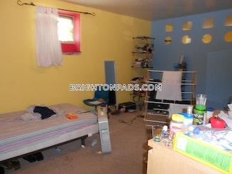 5-beds-3-baths-boston-brighton-washington-st-allston-st-3300-258017