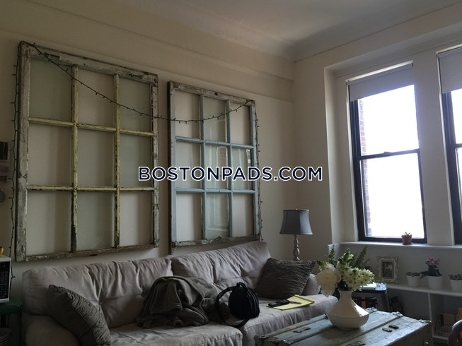 Boston - $2,750 /mo