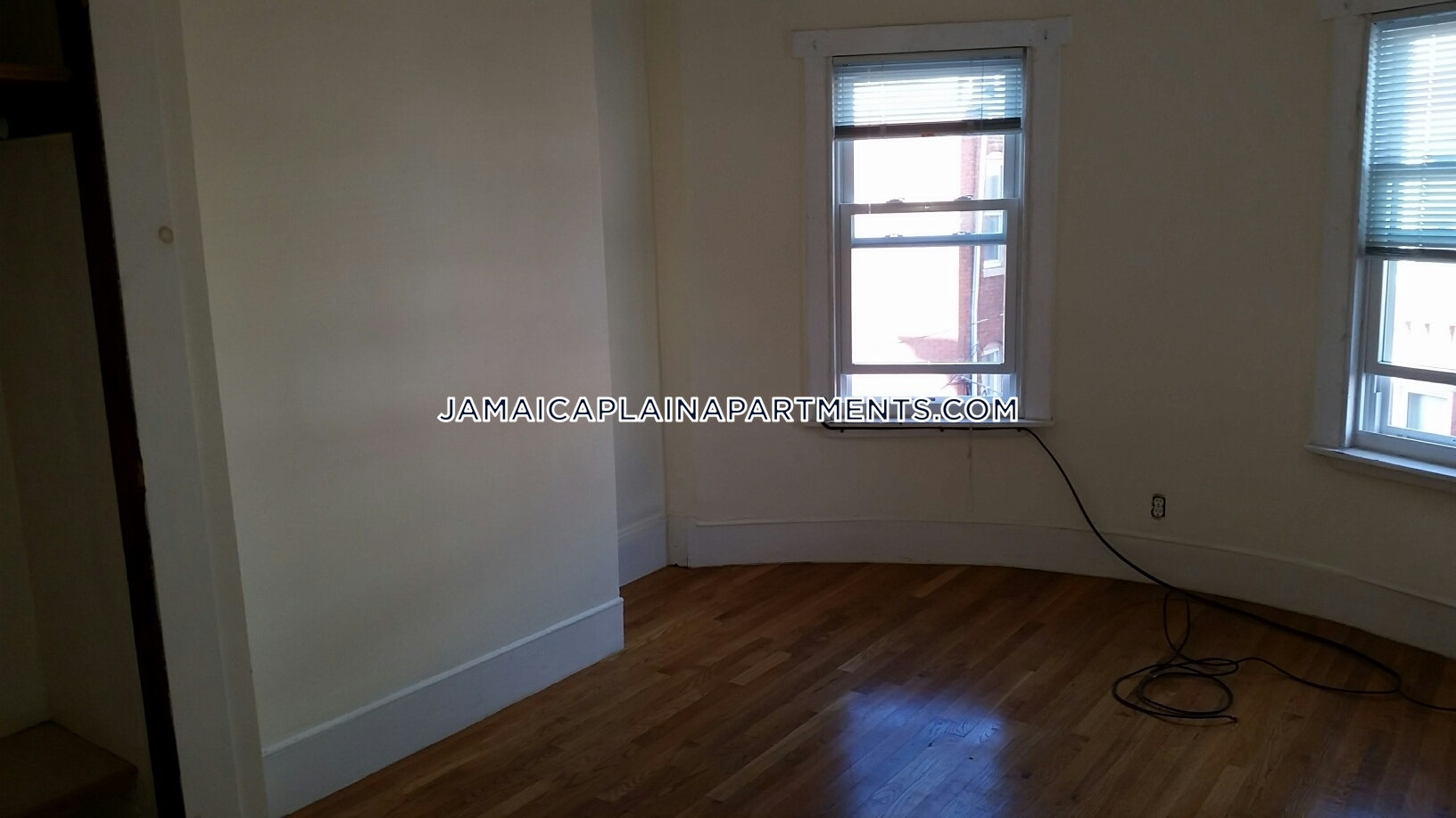 3-beds-1-bath-boston-jamaica-plain-hyde-square-2750-boston-jamaica-plain-hyde-square-2750-384284