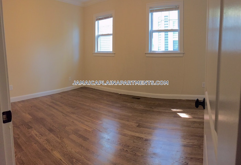 Boston - $3,500 /month