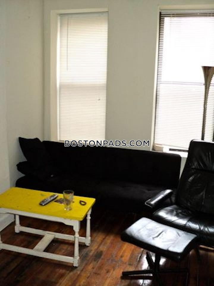 north-end-apartment-for-rent-2-bedrooms-1-bath-boston-2600-582224