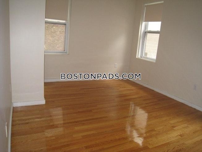 BOSTON - NORTHEASTERN/SYMPHONY - $1,825 /mo