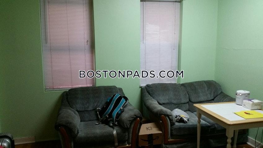 Boston - $2,395 /month