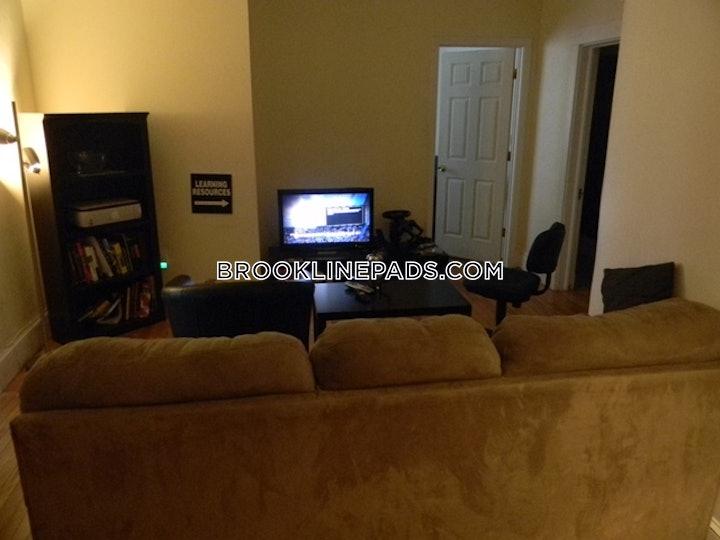 brookline-apartment-for-rent-4-bedrooms-1-bath-boston-university-4600-587470