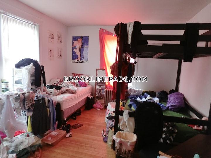 brookline-apartment-for-rent-3-bedrooms-1-bath-boston-university-3900-476251