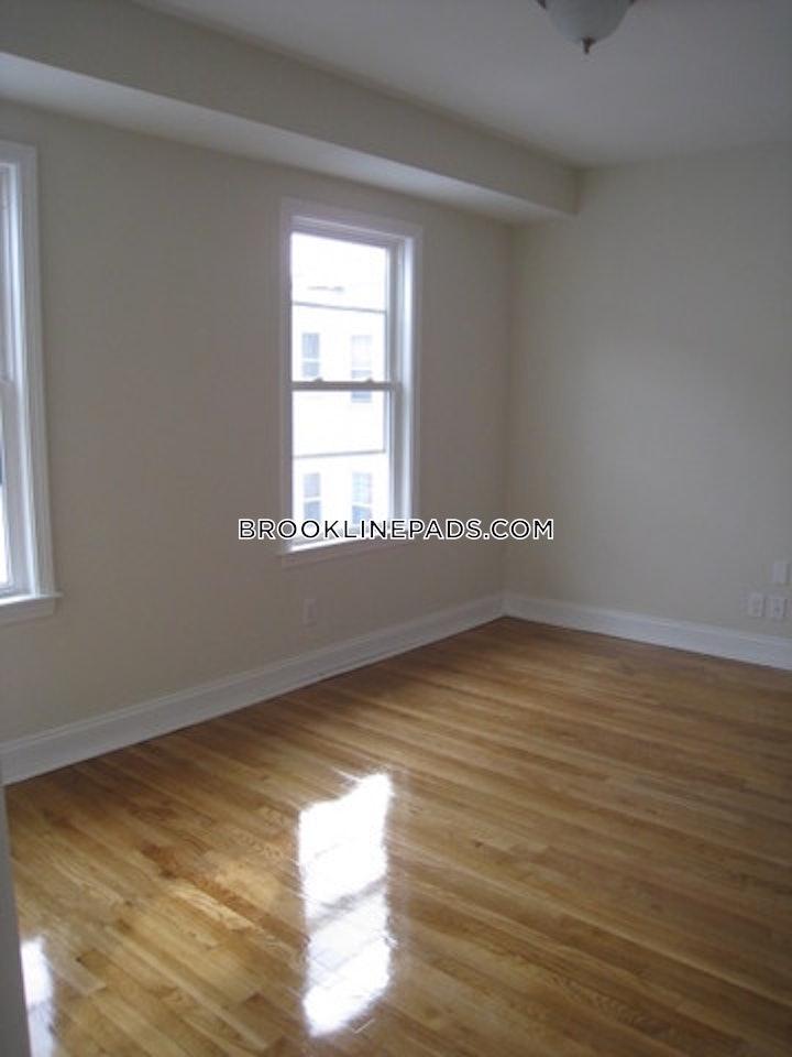 brookline-apartment-for-rent-3-bedrooms-2-baths-brookline-village-3495-499783