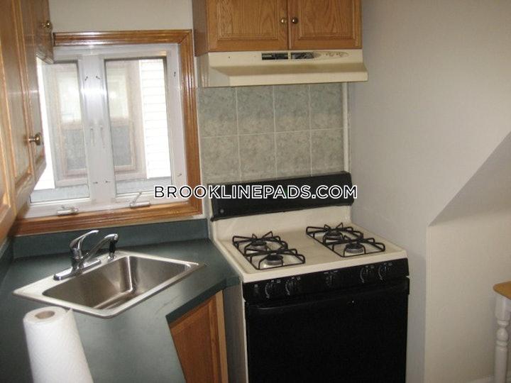 brookline-apartment-for-rent-4-bedrooms-2-baths-brookline-village-2900-471545