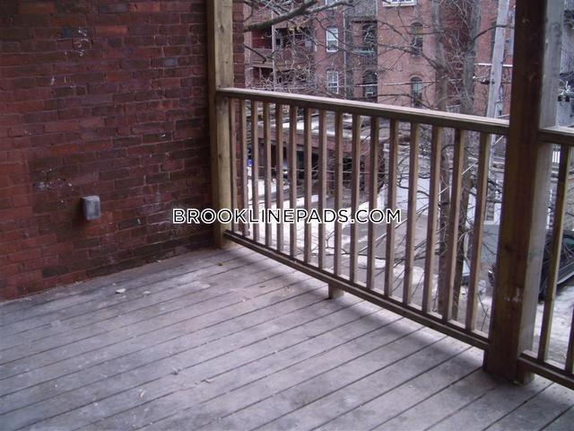 4-beds-2-baths-brookline-cleveland-circle-6000-381221