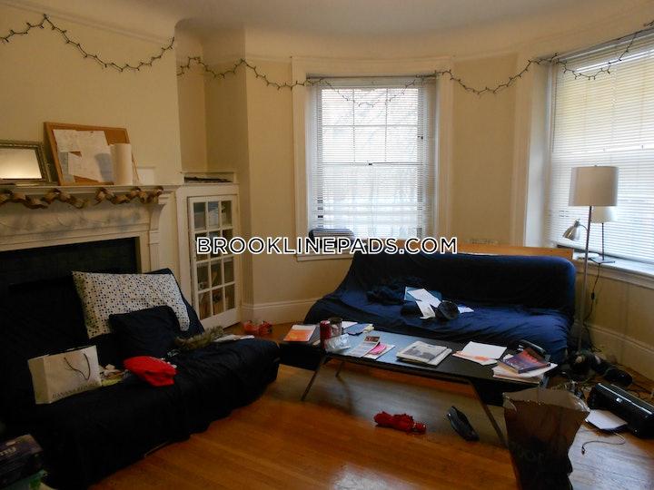 brookline-apartment-for-rent-3-bedrooms-1-bath-coolidge-corner-3800-477321