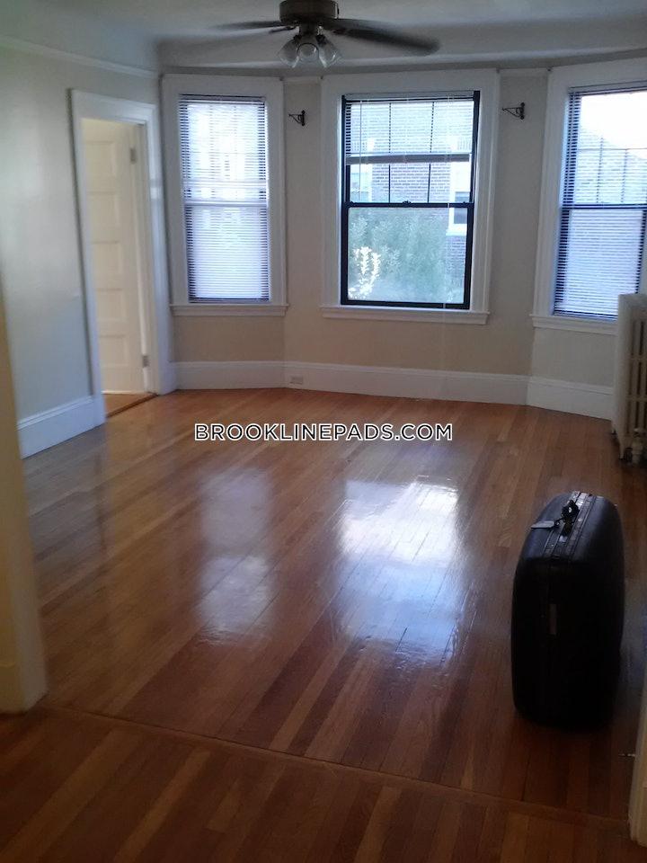 brookline-apartment-for-rent-1-bedroom-1-bath-coolidge-corner-2450-507489