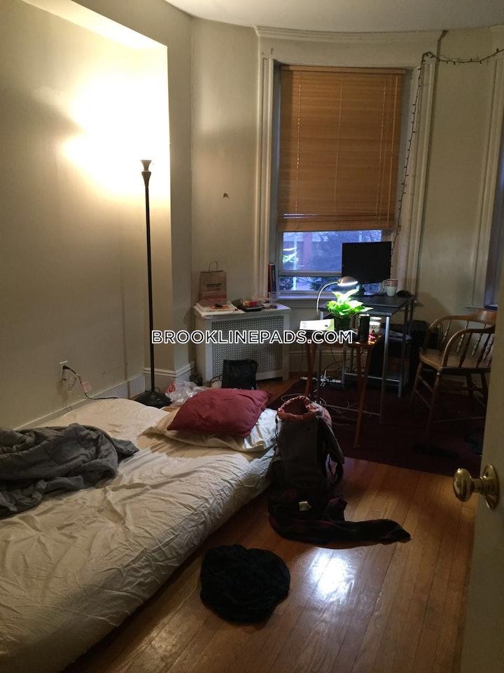 brookline-apartment-for-rent-3-bedrooms-1-bath-coolidge-corner-3850-37093