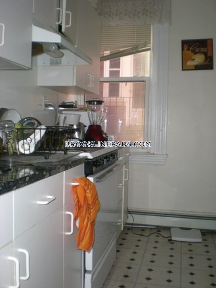 brookline-great-washington-square-apartment-washington-square-1800-541677