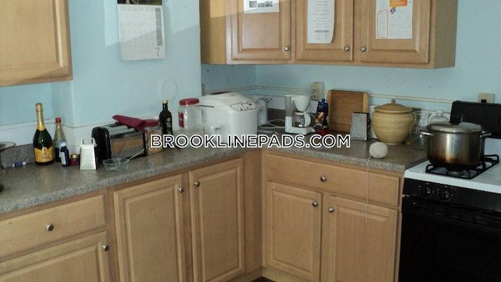 brookline-apartment-for-rent-3-bedrooms-1-bath-washington-square-3200-81358