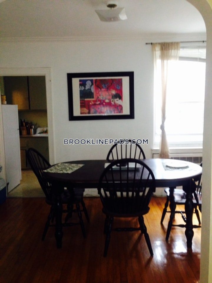 brookline-beautiful-1-bed-1-bath-in-brookline-washington-square-2200-587552